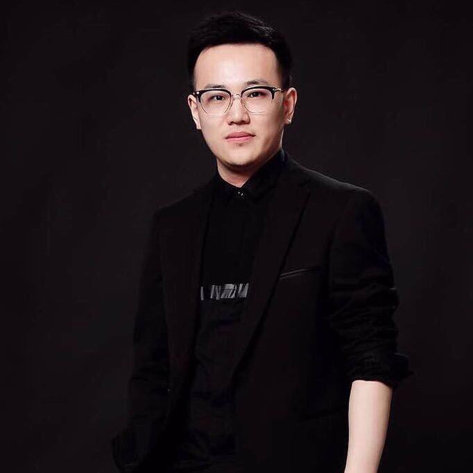 凌康(康哥)今天下午1点斐乐总部全网首播