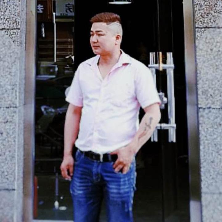 君威传蕖男装