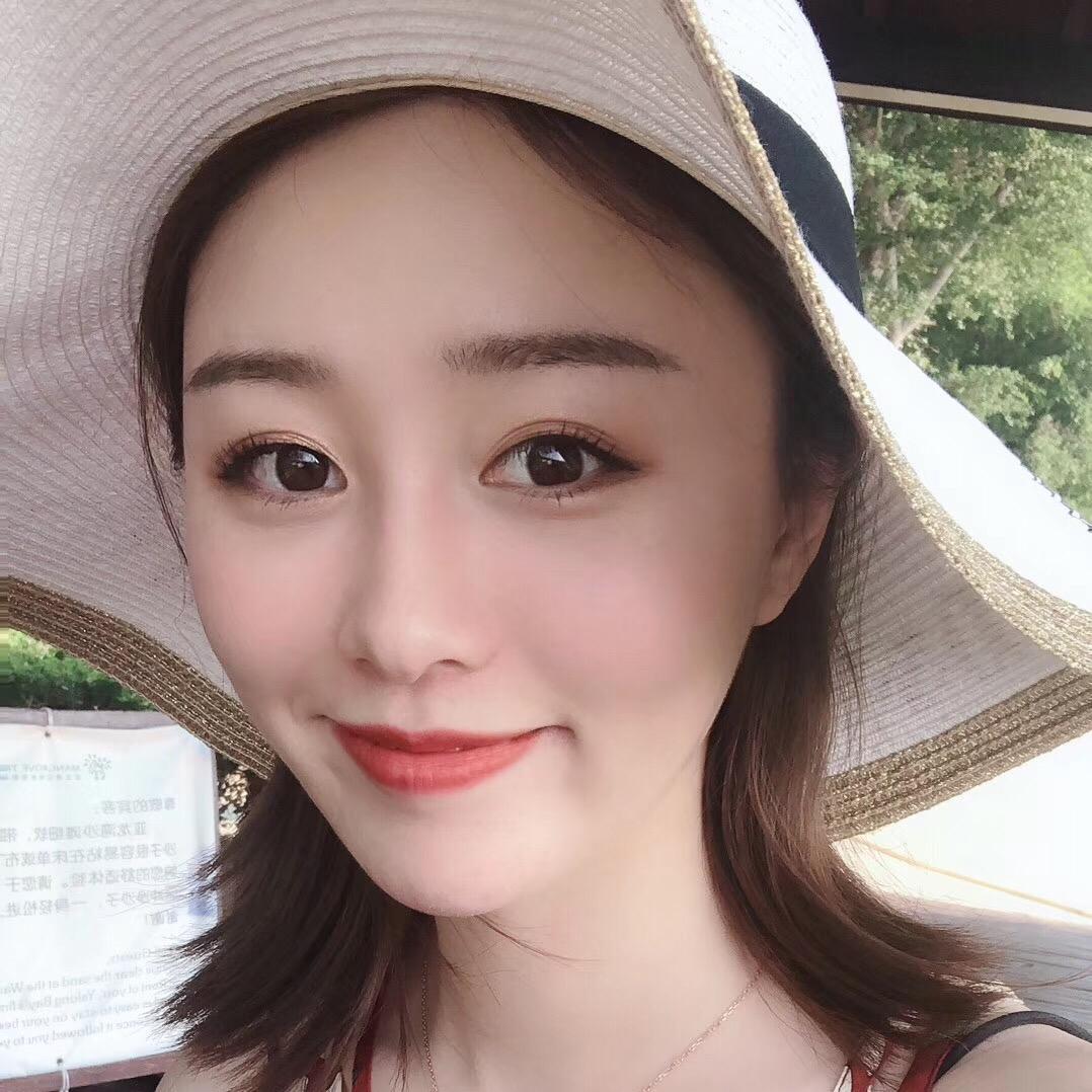 邱莹莹~12月5号13点MONO女装
